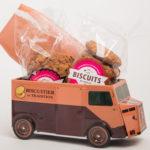 boite cadeau camion le biscuitier avec spécialités d'Ariège